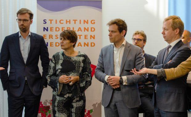 Aanwezige Kamerleden bij persconferentie SNBN